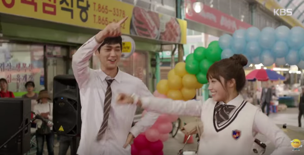 lee-won-keun-and-jung-eun-ji-practice-their-dance-skills-in-sassy-go-go